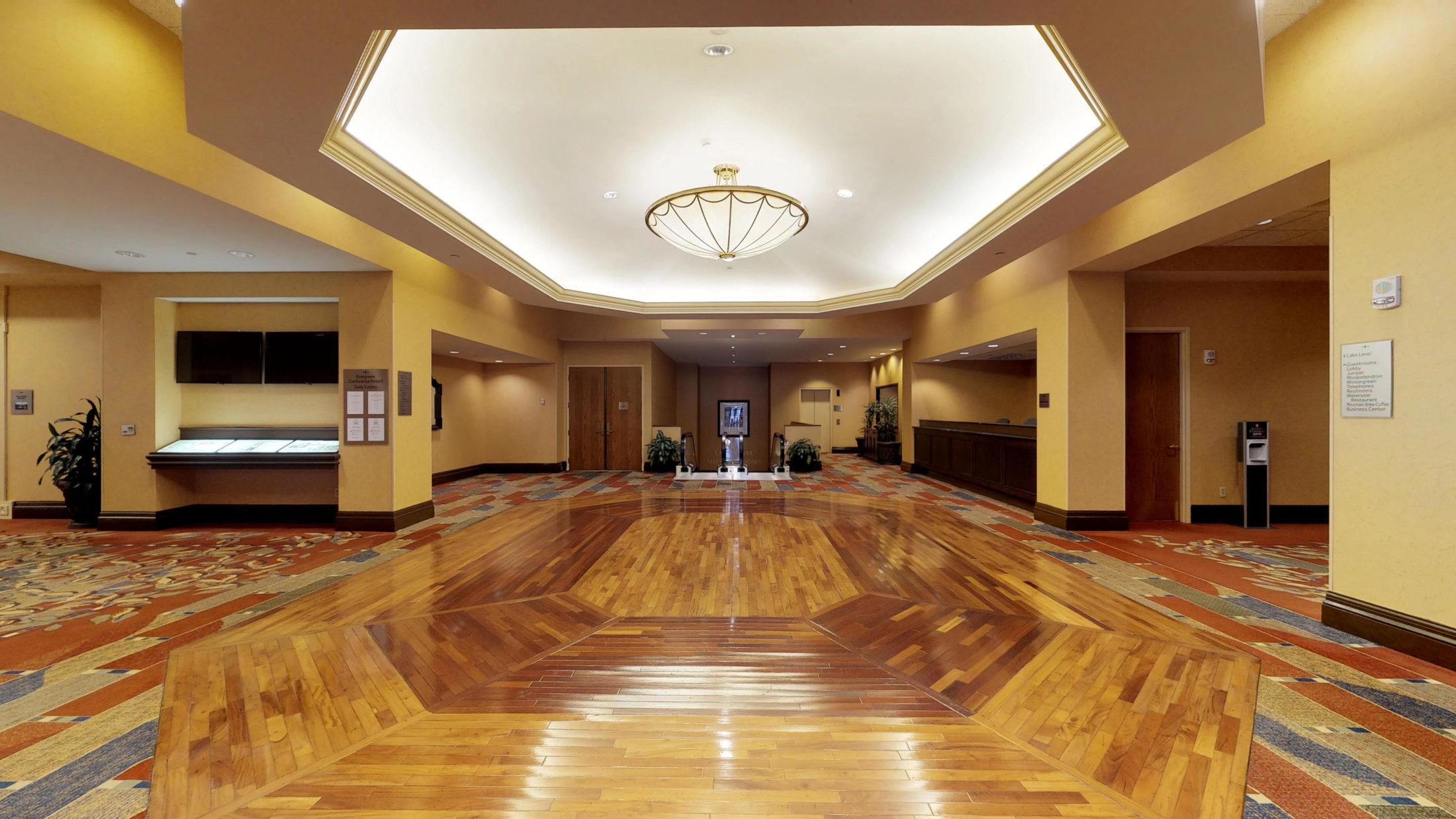 Atlanta Evergreen Marriott Walking Tour